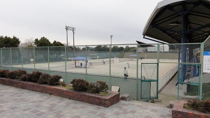 あいち健康の森公園テニスコート テニスのBonJin