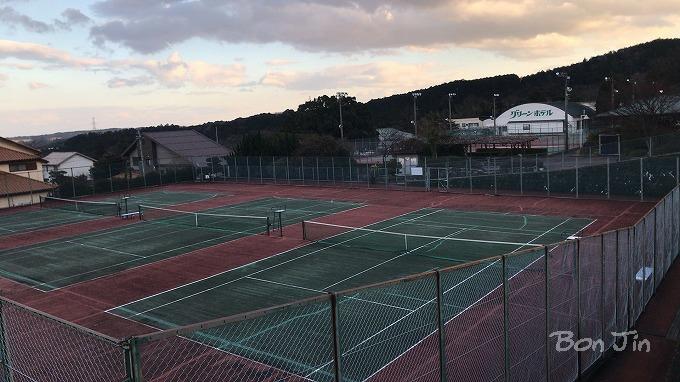 グリーンホテルテニスコート テニスのBonJin