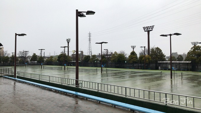 安城市テニスコート テニスのBonJin