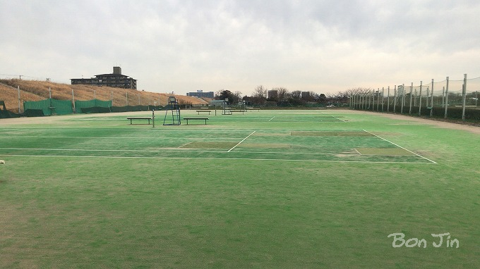 新川テニスコート テニスのBonJin